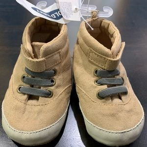 Old Navy Baby Shoes Size 6-12M